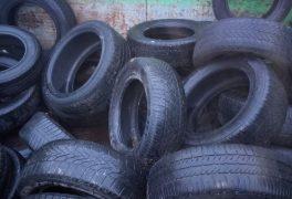 Na sběrný dvůr se přestanou brát pneumatiky