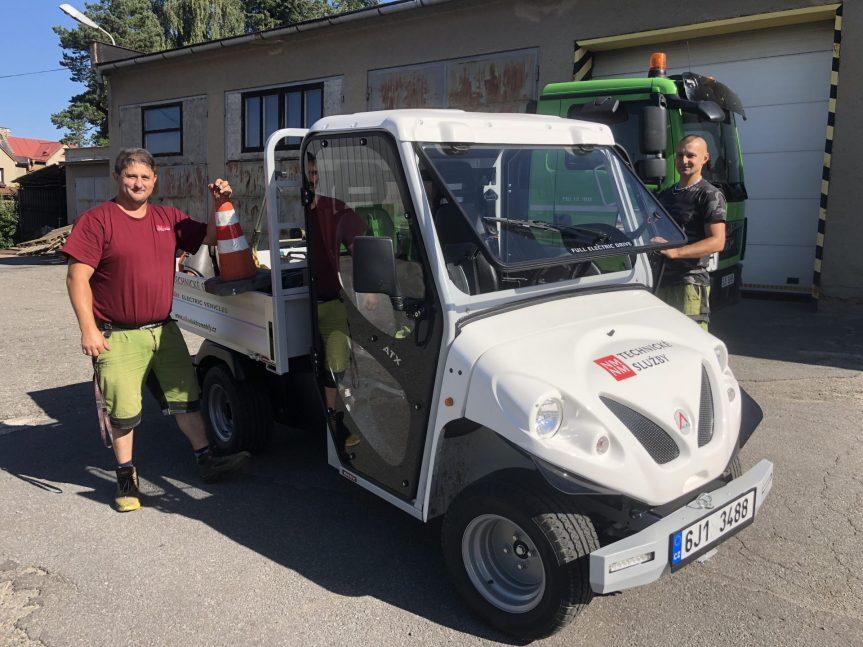 Technické služby jezdí na zelenou